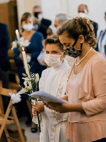 Women wearing masks during a service in church